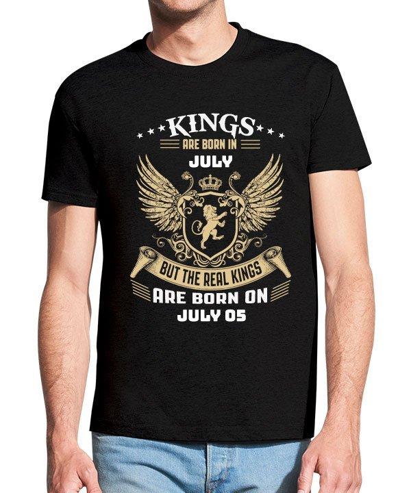 Juodi vyriški trumpomis rankovėmis medvilniniai marškinėliai su spauda Kings are born